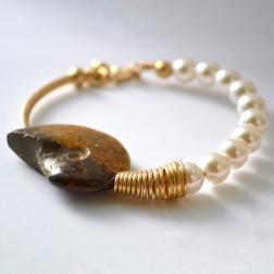 Ammonite-Swarovski Crystal Pearls bracelet